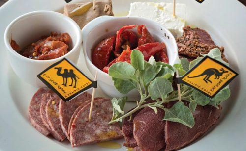 Как мясо кенгуру и верблюдов попадает в российскую колбасу