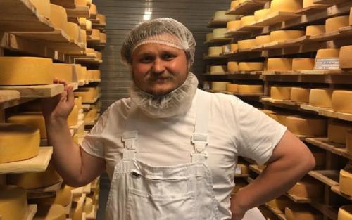 Подмосковье станет лидером России по производству сыра – Олег Сирота