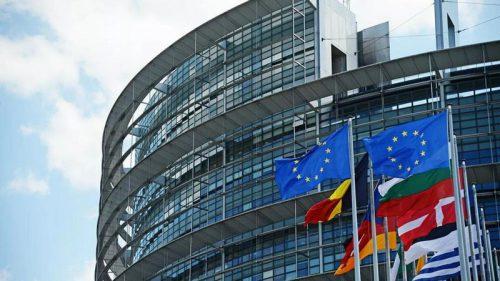 Европарламент отказался запрещать слова «бургер» и «сосиски» для растительных аналогов мяса