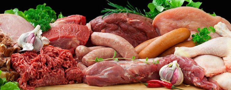 Эксперт объяснил, почему в РФ сократились инвестиции в производство мяса