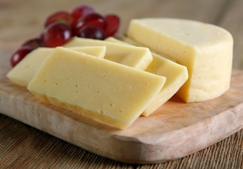 Мария Коваль отметила дефицит хорошего сыра в России