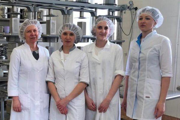 Лучшие кадры и лучшие технологии: Всероссийский НИИ маслоделия и сыроделия уже более 85 лет продолжает традиции отечественного сыроделия