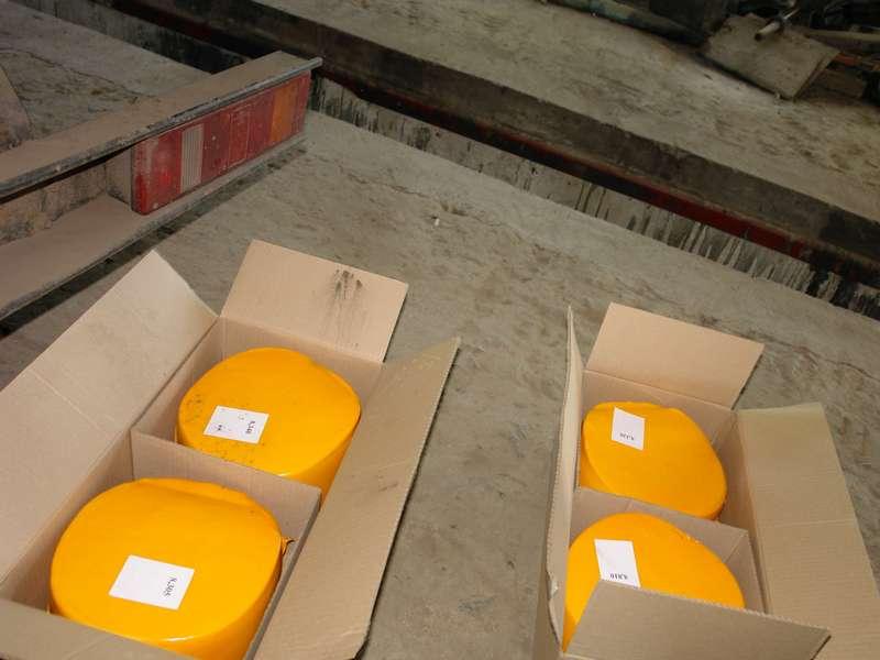 Пулковские таможенники обнаружили в международных посылках сыр общим весом 295 килограммов
